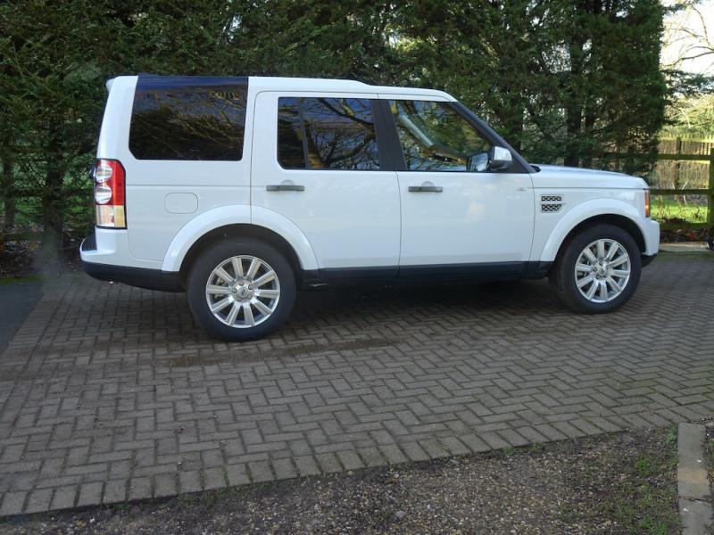 Land Rover Discovery 5 0 Hse Petrol Automatic 2013