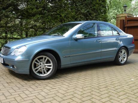 Mercedes C220 CDI Elegance SE Automatic Saloon RHD